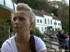 Чешские  улицы-Катерина трахаеться за деньги.