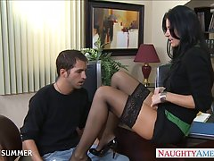 Порно с клерком фото 355-730